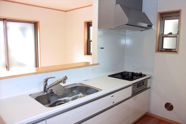 豊明市のキッチンリフォームは【近所の大工さん】格安でキッチンリフォームを承ります